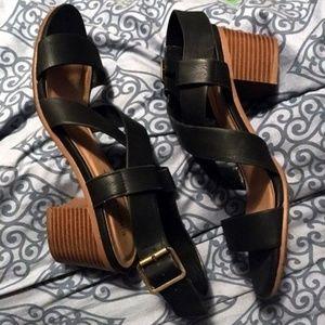 City Classified Black Chunky Heel Sandal Size 8